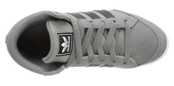 Oferta en Adidas plimcana mid Gris