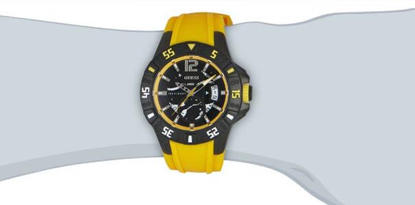 Reloj Guess amarillo