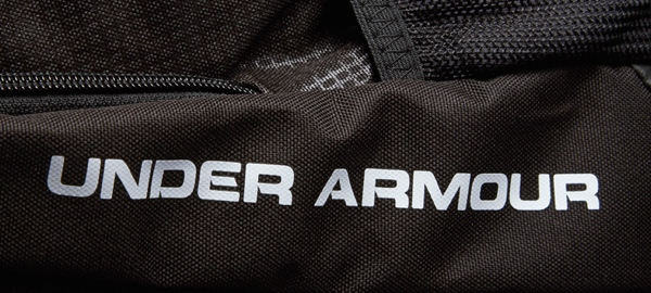 Material mochila Under Armour