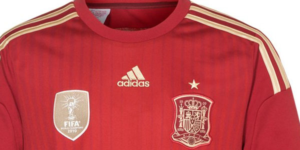 c7b519565be80 OFERTÓN en camiseta España oficial para el mundial 2014 Brasil