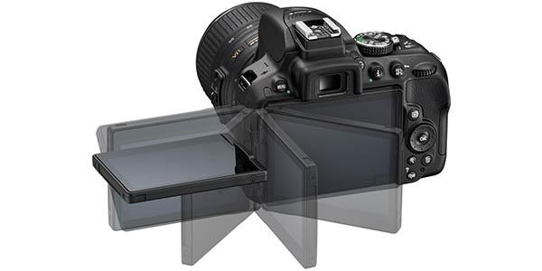 Nikon D5300 con pantalla giratoria