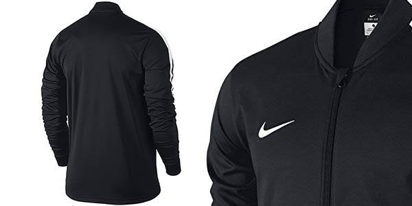 Chollo chándal Nike Dry Academy para hombre por sólo 39 e6d56679479a1