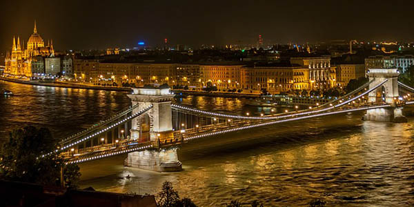 escapada Budapest puente octubre 2018 barata