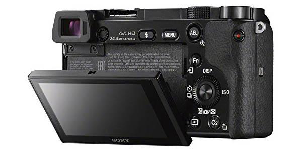 Sony A6000 con pantalla inclinable