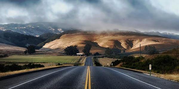 carreteras más emocionantes para conducir en el mundo