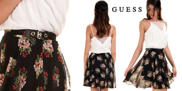 Falda corta Guess estampada de flores para mujer barata en Amazon Moda