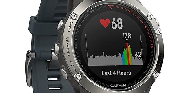 Garmin Fēnix 5 con sensor óptivo de frecuencia cardíaca
