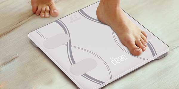 SÓLO HOY: Comprar Báscula de baño inteligente TaoTronics con analizador corporal y App para iOS – Android barata en Amazon