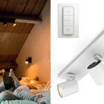 Chollo triple foco LED orientable Philips Hue White Ambiance Runner de color blanco