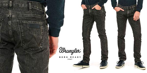 Jeans Wrangler Larston de corte slim y color negro para hombre en oferta