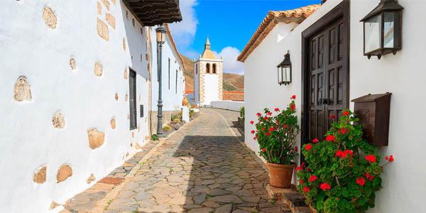viajar a las Islas Canarias verano presupuesto low cost