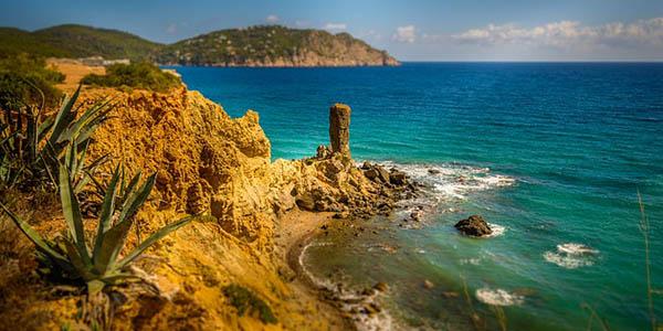 viaje a Ibiza en primavera oferta