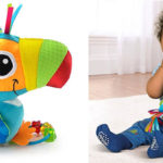 Peluche Tucán Lamaze con texturas y sonido para bebé barato