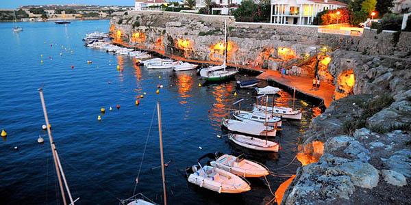 billetes de avión económicos para viajar a Menorca