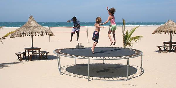 destinos de playa para viajar con niñ@s