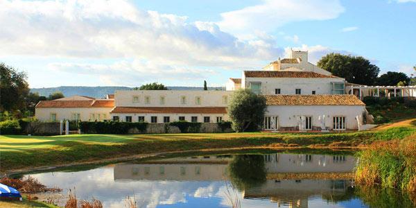 Alojamiento con descuento en Hotel i Monasteri Golf Resort en Siracusa