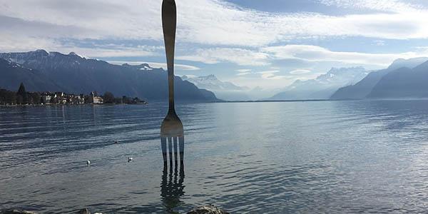 escapada por el Lago Lenam ruta por Suiza