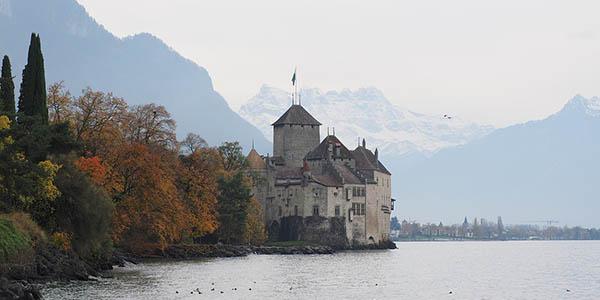 visitar el Castillo de Chillón en el Lago Lenam Suiza
