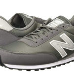 Zapatillas unisex New Balance U410 gris baratas en Amazon