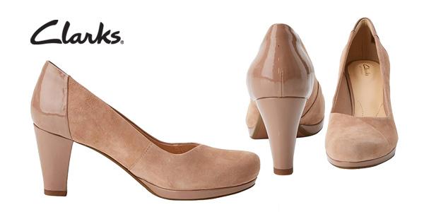 Zapatos de vestir Clarks Chorus Carol en beige para mujer chollazo en Amazon