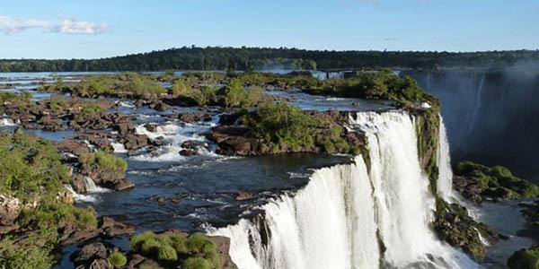 vacaciones a las Cataratas Iguazú Brasil presupuesto económico