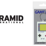 Llavero de goma consola Nintendo Gameboy (4 x 6 x 1,3 cm) barato en Amazon