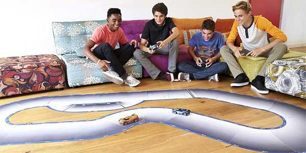 Circuito de Carreras I.A. Hot Wheels (Mattel FBL83) chollo en Amazon