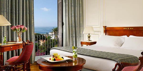 viaje con alojamiento a Nápoles en hotel de 5 estrellas chollo