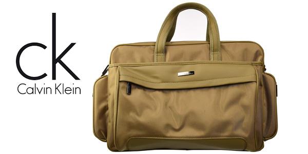 Bolsa de viaje Calvin Klein de 33 L (21 x 46,5 x 34,5 cm) barata en Amazon
