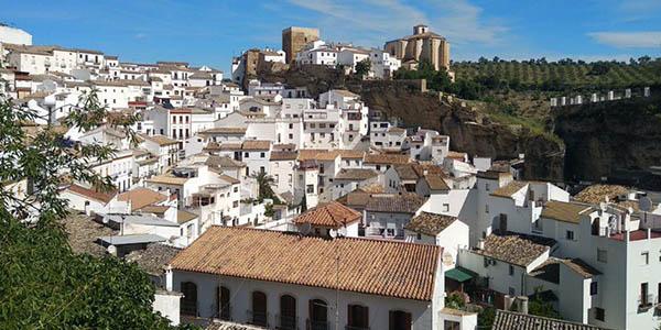 escapada rural con encanto a Setenil de las Bodegas Andalucía chollo