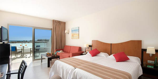 vacaciones en Lanzarote Islas Canarias resort turístico media pensión chollo