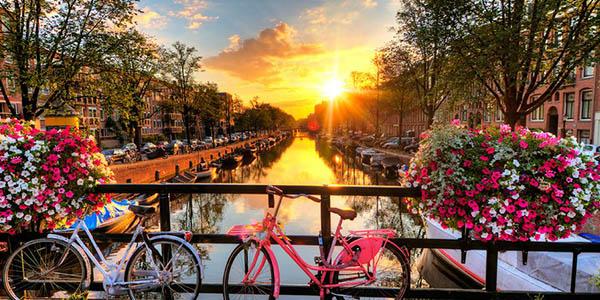 Ámsterdam escapada barata hotel céntrico
