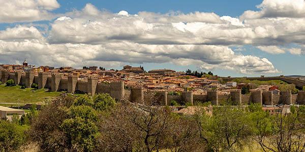 Ávila Muralla Patrimonio de la Humanidad alojamientos baratos