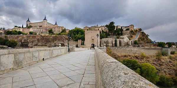 Toledo escapada barata alojamientos de relación calidad-precio estupenda